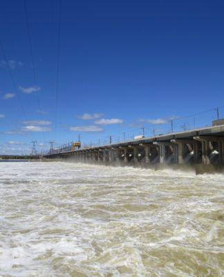 Волжская ГЭС сброс воды